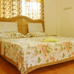 Orchidhouse_bed room